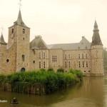 Chateau de Jehay Belgien Schloss Wasserburg